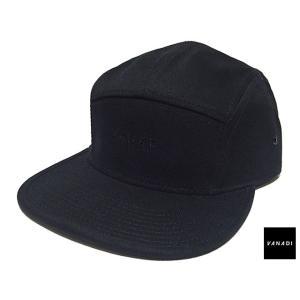 VANADI EMBROIDERED LOGO 5 PANEL CAP BLACK ヴァナディ エンブロイダード ロゴ 5 パネル キャップ ブラック|passover
