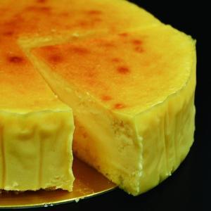 ベイクドチーズケーキ【ショップ移動しました】濃厚 クリームチーズたっぷり クリームーな味わい(5号) patisserie-monterosa