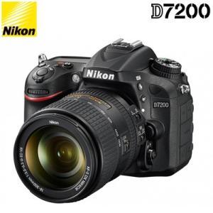 ニコン デジタル一眼レフカメラ D7200 18-300 V...