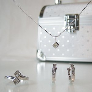 お楽しみ 福袋♪ ダイヤモンド3点+ジュエリーBOX pendant