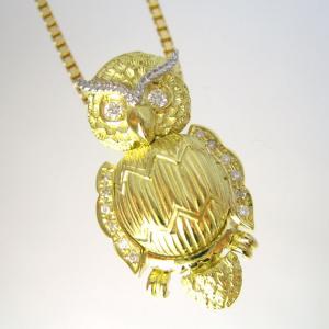 【製作を終了しました】幸福 フクロウ(不苦労) ダイヤ入り ペンダントネックレス|pendant