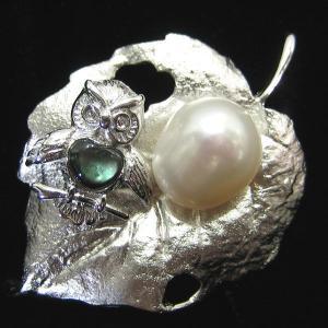 ブローチ パール 淡水パール/黒蝶貝シェル 木の葉 ふくろう ブローチ&ペンダントトップ 2WAYタイプ(シルバー製) pendant