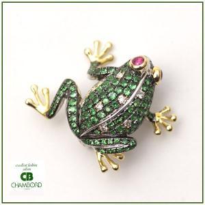 カエル 蛙 ブローチ&ペンダントトップ 2WAYタイプ グリーンガーネット/ ルビー/ ダイヤモンド K18WG & K18YG pendant