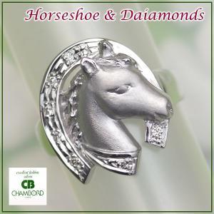 馬蹄 指輪 ホースシュー リング 馬 午(うま) K10WG ダイヤモンド入り/納期約3〜4週間|pendant