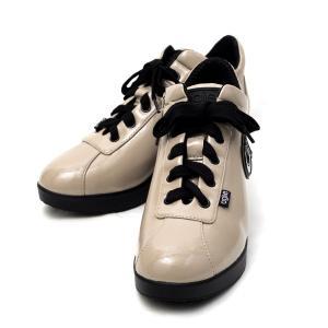 ルコライン 靴 アージレ バイ ルコライン スニーカー agile-030 ULTRA1959 光沢 エナメル調 ベージュ ファスナー付 agile by RUCO LINE|pendant