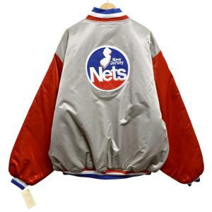 展示品 Majestic HARDWOOD CLASSICS NBA ニュージャージー・ネッツ ナイロンスタジャン 中綿 グレー×レッド 4XL 新品(36417|penguintripper