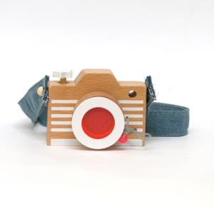 【送料無料】カメラ/ピンク/kiko+/ごっこ遊び/複眼レンズ/木のおもちゃ/木製/知育玩具/camera/pink/キコ|pepapape