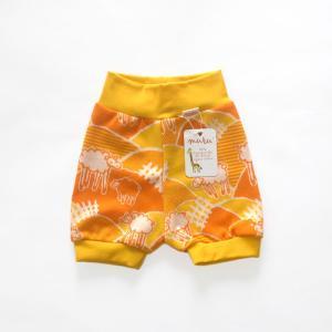 【クリックポスト対応】フィンランドブランド MURU ショートパンツ「ヒツジ オレンジ」「サイズ:86/92,98/104」/子供服/オーガニック|pepapape