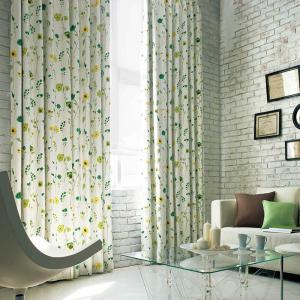 子供部屋にもおしゃれな大人にもお使いいただける遮光カーテンです。 カラー:レッド、グリーン 機能:2...