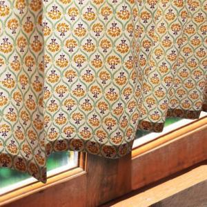 南フランスの風を感じる、プチグラン。小窓にもオススメのデザインです。 カラー:サフラン 素材:綿10...