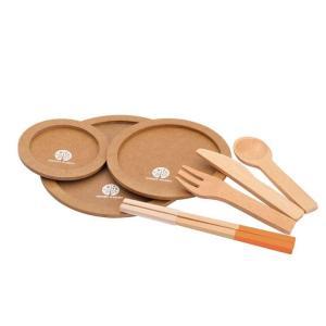 シリコンカバー付きのお箸は木製のおままごとをつかみやすく、使いやすい! ナイフもしっかり具材が切れま...