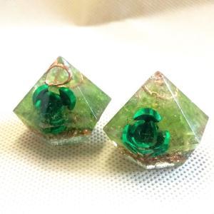 オルゴナイト 型 金運 天然石 ペリドット ミニダイヤ型 薔薇入り|philan