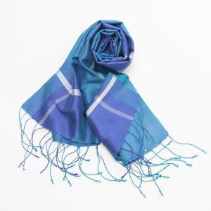100%シルクストール Mekong Blue メコンブルー カンボジアの女性と世界をつなぐ希望に輝くシルクブランド 風の青色|philotrade