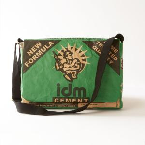 ショルダーバッグ ユニセックス 南アフリカ セメントバッグのイラストデザイン 15インチのノートパソコンにぴったり|philotrade
