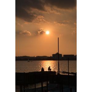 夕暮れの釣り人ポストカード|photoroom-g