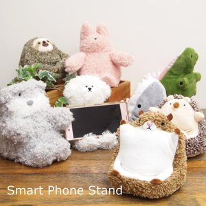即出荷 スマートフォンスタンド かわいい スマホスタンド ぬいぐるみ スマホ置き おしゃれ スマホ スタンド ホルダー 縦 横 卓上 携帯スタンド 携帯置き 動物|piglet