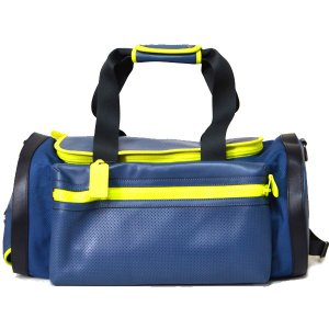コーチの超入手困難な大きめボストンバッグを本場アメリカで直入荷!上質レザーを贅沢に仕様し、パンチング...