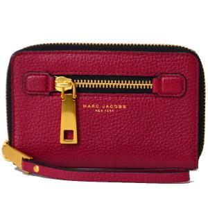 日本未発売!マークジェイコブス大人気財布をアメリカより入荷!深みのあるレッドカラーは上品な印象は大人...