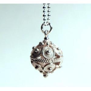 ネックレス ペンダント パール形 『クロアチアのボタン ネックレス3Lサイズ』|piroppy