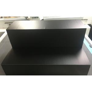 軽量で組み立てて使う、持ち運びや保管に大変便利なプラダン商品棚(プラダン什器)。