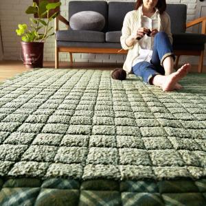 キルティングラグ ふわふわシープキルト(130×185)北欧 おしゃれ かわいい ナチュラル 床暖房ホットカーペット対応|plaisier