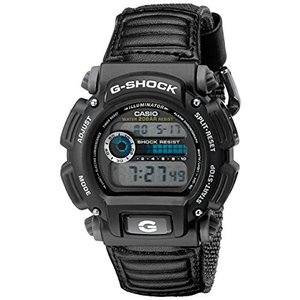 当店1年保証 カシオCasio Men's DW-9052V-1CR G-Shock Digital...