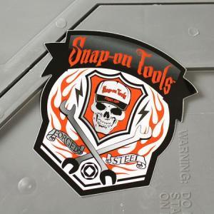 スナップオン ステッカー アメリカン 車 おしゃれ バイク ヘルメット かっこいい カーステッカー Snap-on スカル FORGED STEEL メール便OK_SC-SN031-FNM|planfirst