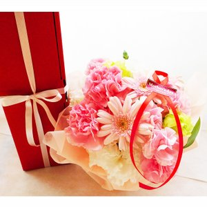 遅れてごめんね!   母の日ギフト イタリア 白ワイン & 生花アレンジメント セット |planquor|04