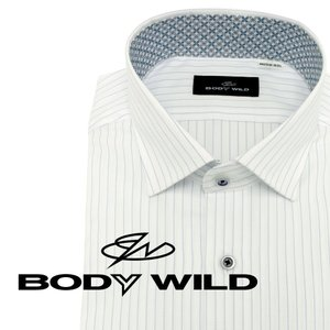 「BODY WILD」らしいクールなプリント柄を衿腰内側に施したワイドカラーシャツ(ホワイトヘリンボ...