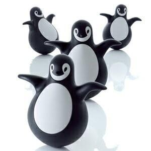 MAGIS マジスPingy ピンギーペンギン型のおきあがりこぼしEero Aarnio(エーロ・ア...