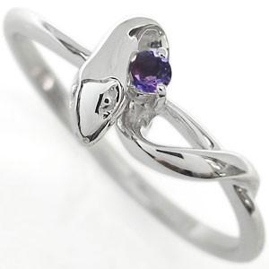 2月誕生石アメジストを一粒使用した、シルバー製のスネーク(蛇)モチーフリング(指輪)です。 リングサ...
