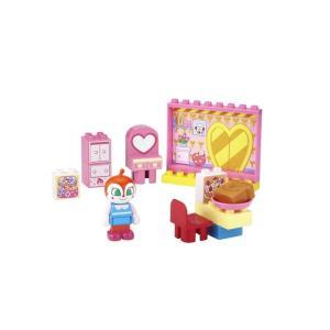 女の子らしいお部屋を、ドキンちゃんで可愛さUP!  家具や小物ブロックでごっこ遊びを盛り上げます! ...