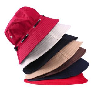 男女兼用のシンプルな帽子です。 日焼け防止ができて、お出かけからアウトドアまで最適です。  【サイズ...