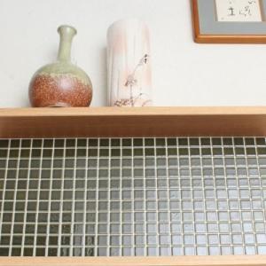モザイクタイルステッカー ハルちゃん 和(なごみ) 25角(15×15cmシート) 鶯茶(うぐいすちゃ)|pocchione-kabegami