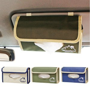 サンバイザーに取り付けられるティッシュケースカバー。 硬派なカラーリングとシンプルなワンポイントロゴ...
