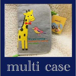 1個迄送料無料 母子手帳ケース POETIC  スウェットキリン柄 ニックナックマルチケース