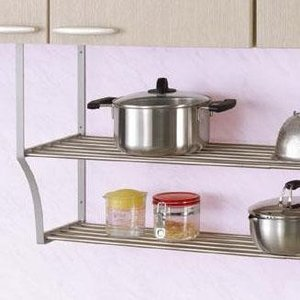 キッチンのスペースを有効活用!!ステンレス製のフラットな棚は、お鍋や食器を乗せた時の安定感も抜群です...