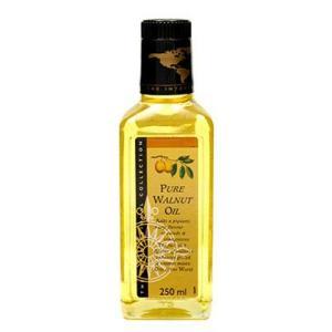 くるみの豊かな風味が息づくオイルです。サラダドレッシングやソースによく使われているこのオイルは、温め...