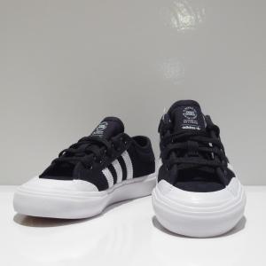 安心の国内正規販売店  ■KID'S用スケートボードシューズ  ■カラー:BLACK/WHITE/B...