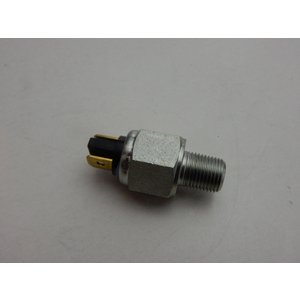 油圧 ストップランプスイッチ    03〜18年モデル 2106-0226|power-toys|02