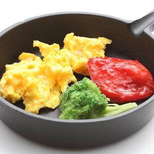 熱のまわりが良い、国産スキレット  おひとりさまの食事や、ちょっとしたおつまみを作るときなどに丁度良...