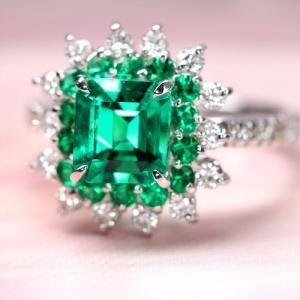 コロンビア産エメラルド1.5ct ダイヤモンド/エメラルド プラチナ リング(指輪)【品質保証書/宝石鑑別書付】 premium-outlet