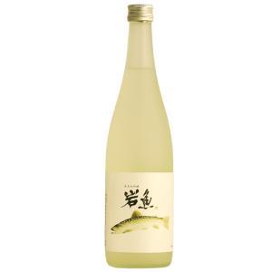 日本酒 お歳暮 男性 女性 おしゃれ 内祝い 結婚祝い 出産祝い 退職祝い ギフト 純米大吟醸酒 原酒岩魚720ml|present