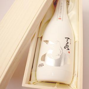日本酒 お歳暮 男性 女性 おしゃれ 内祝い 結婚祝い 出産祝い 退職祝い ギフト 純米吟醸 あまみず amamizu720ml|present