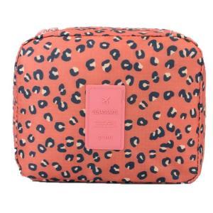 化粧ポーチとしても、バッグの中の整理整頓や旅行の荷物など小分けでも使える優れものポーチ。 いろんな使...