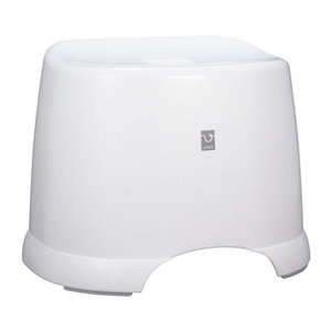 シンカテック untie pro(アンティプロ) 風呂椅子角 ホワイト Upr-HK-W 飽きのこない、ホワイトカラーの風呂椅子です。|profit