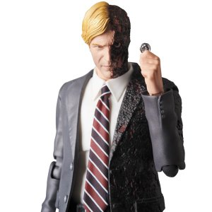 MAFEX HARVEY DENT|project1-6