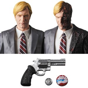 MAFEX HARVEY DENT|project1-6|03