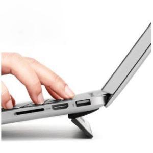 MacBookで使用できるフリップタイプのスタンドです。 対応機種: MacBook Pro 13 ...