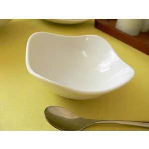 スクエアーミール10cmバニラアイスボール/業務用食器 カフェ食器 白い食器 小鉢 おしゃれ 北欧風\ puchiecho